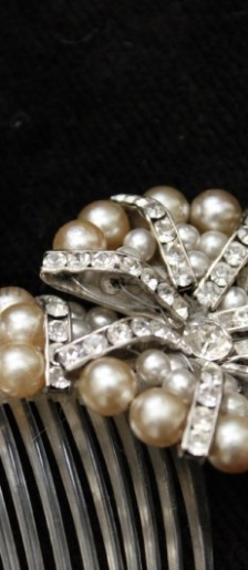Large vintage hair 1950s slide with pearls and crystals