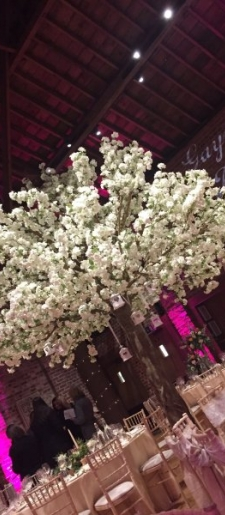 Floor standing blossom tree 3.5m high and 3meter wide