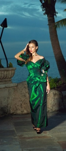 Vintage emerald green red carpet dress