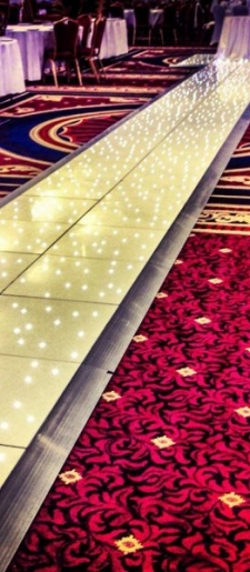 Bespoke-aisle-led-dancefloor