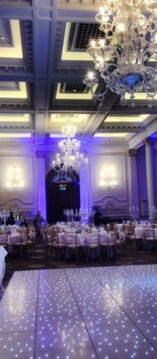 Dancefloor-lighting-chiavari-chairs-at-Langham