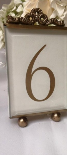 Antique-gold-and-glass-small-table-number-holder