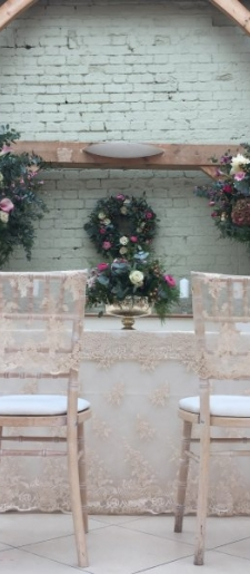 French-lace-ceremony-table-and-chair-hoods