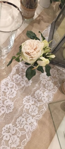 Hessian-with-centre-lace