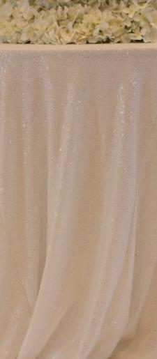 White-cake-table-cloth